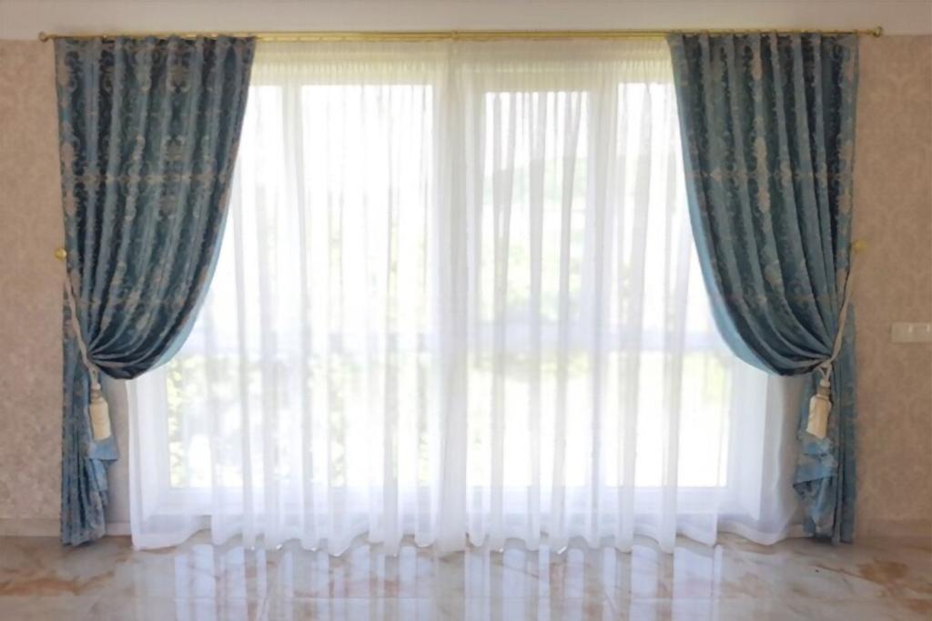 Modern Velvet Curtains