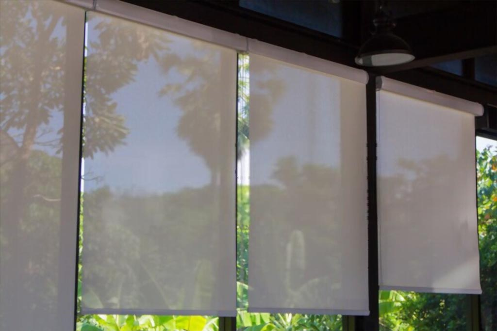 Buy Sunscreen Roller Blinds Abu Dhabi, UAE